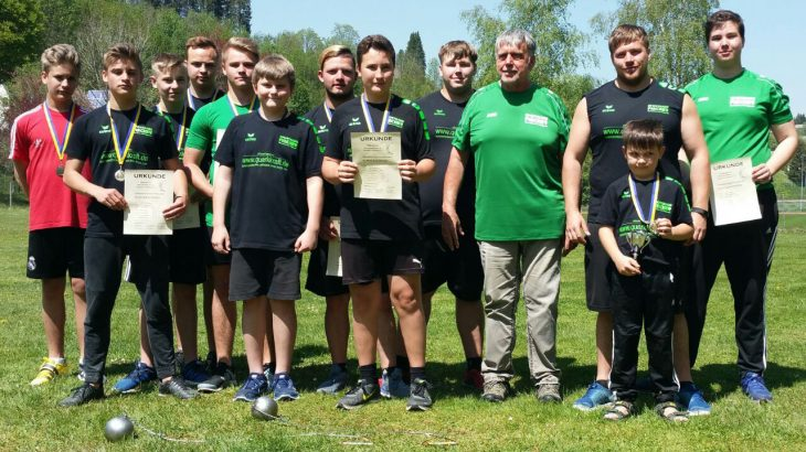 Südbadische Meisterschaften im Rasenkraftsport in Furtwangen