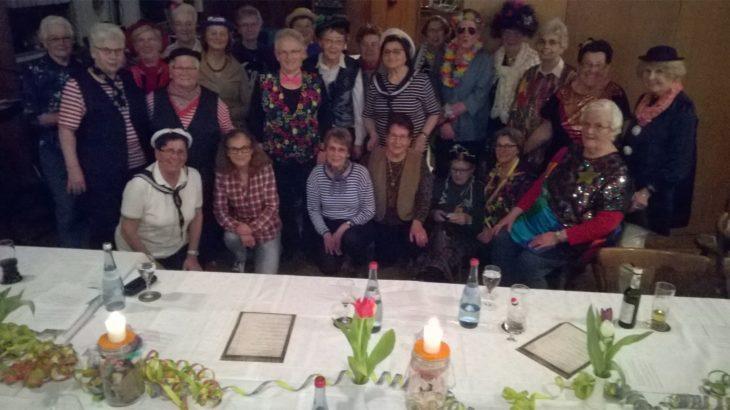 Faschingsfeier der beiden Hausfrauengruppen