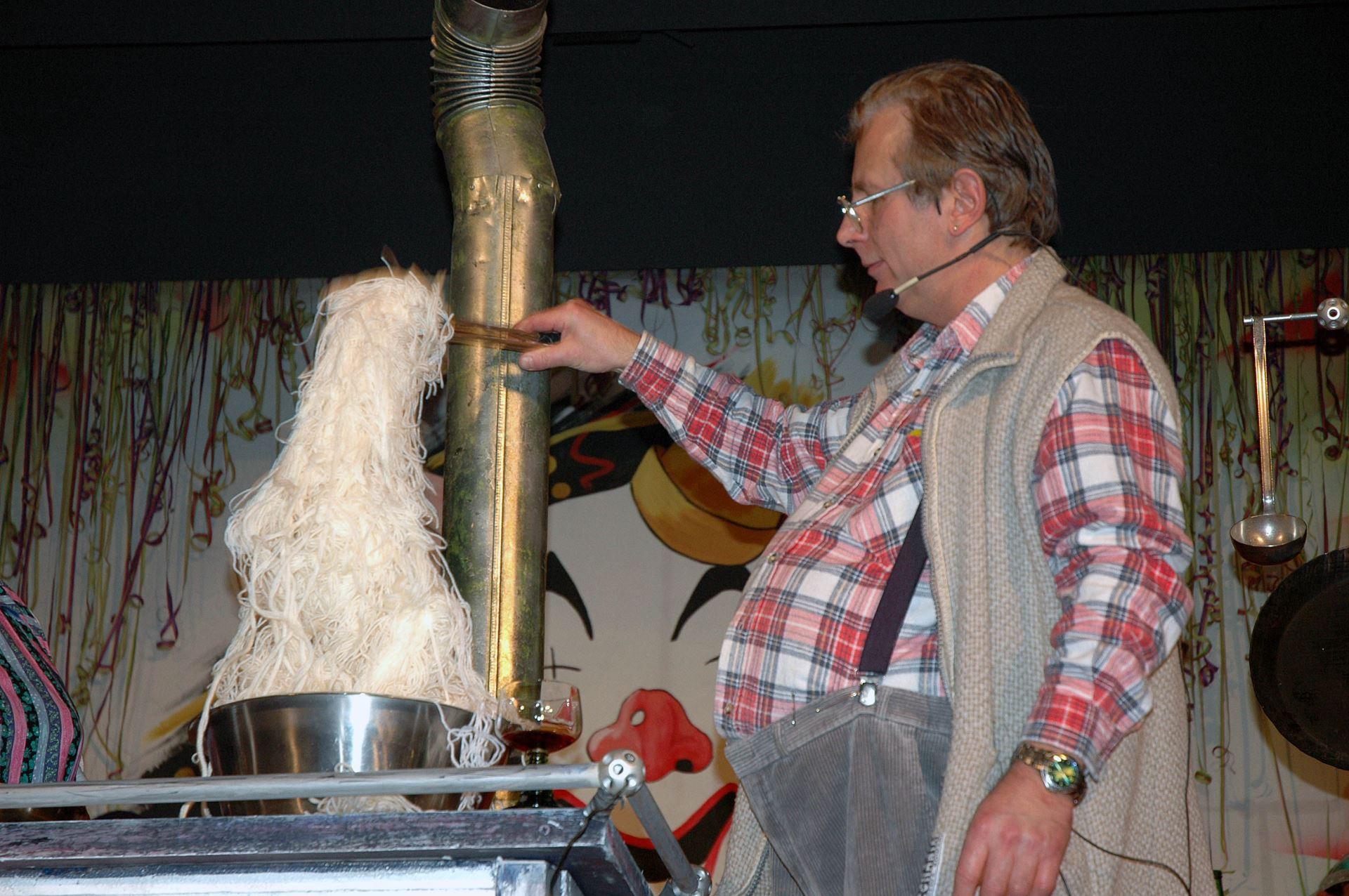 Fasentsitzung in Langenbrand 2005 (38)