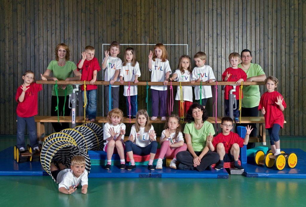 Gruppenbild, Kinderturnen im Jahr 2010