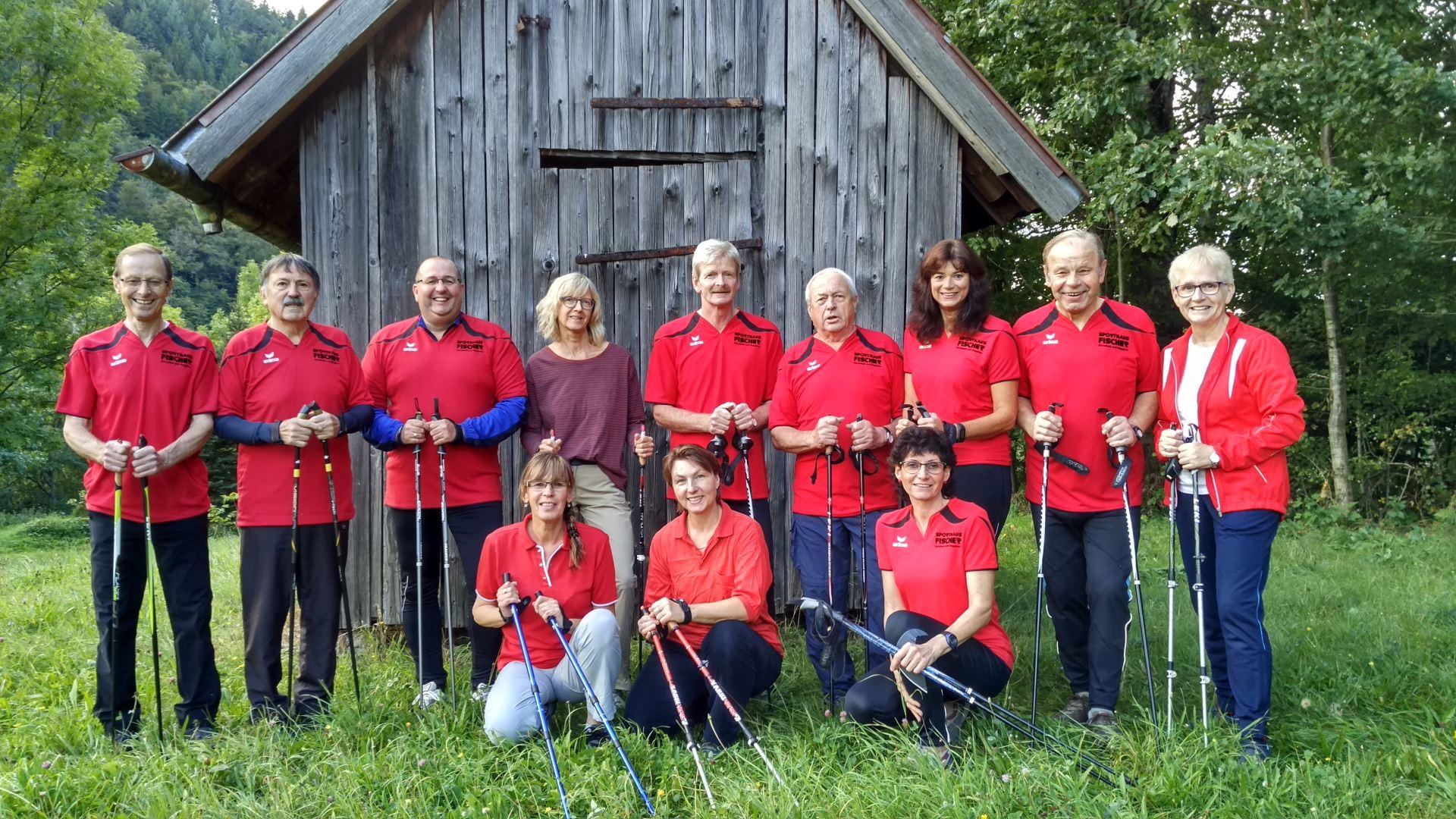 Nordic Walking Gruppe im Jahr 2017 (01)