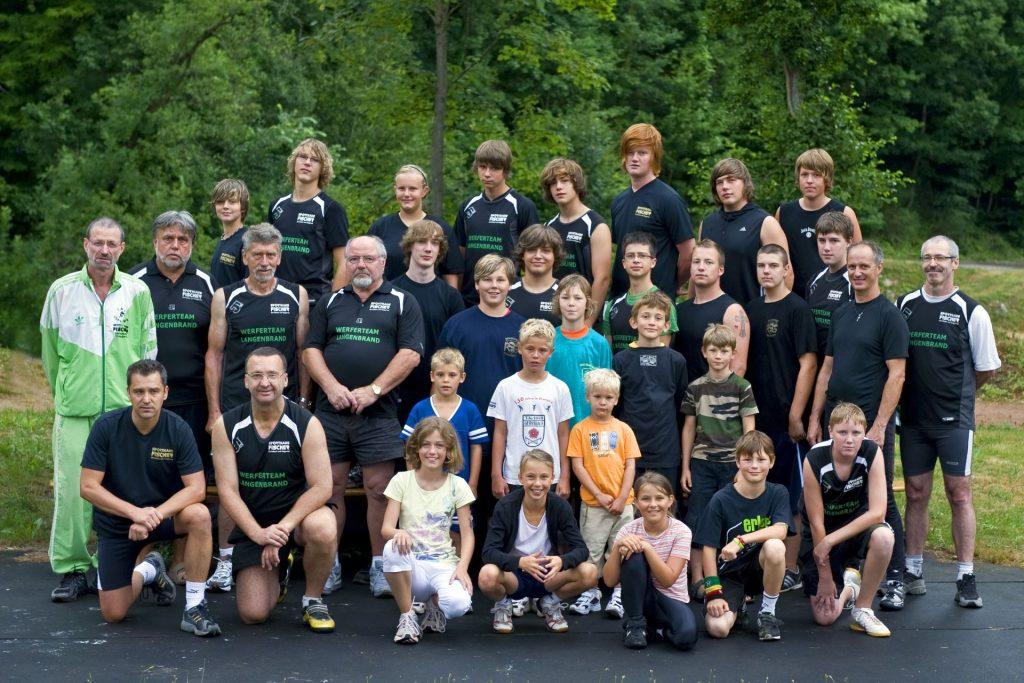 Gruppenbild, Abteilung Rasenkraftsport im Jahr 2010
